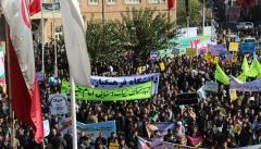 ملت ایران جنایتهای آمریکا را فراموش نمیکنند