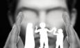 کاهش حضور والدین آسیبی که درجامعه عادی شده است