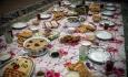 سفره هایی با تزئین غذاهای محلی برای صیانت از هویت فرهنگی