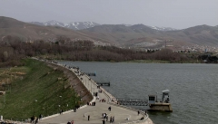 ۹۳ سد ساخته شده و در دست مطالعه حوزه دریاچه ارومیه توجیه منطقی ندارد