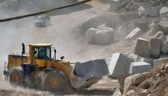تخریب محیط زیست خط قرمز بهره برداری از معادن  در آذربایجان غربی است