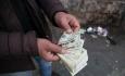 دولت با عدم کنترل نرخ ارز جامعه را به شرایط  بحرانی می رساند